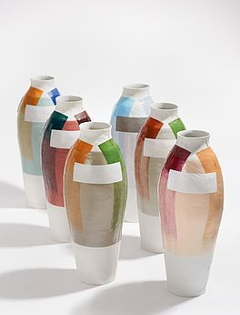 Coloured Vases, Auktion 390 Los 516, Van Ham Modern
