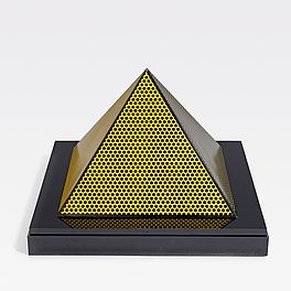 Pyramid, Auktion 1041 Los 59, Van Ham ONLINE ONLY | Prints and Multiples