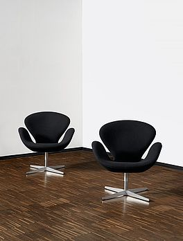 Swan Chairs, Auktion 390 Los 515, Van Ham Modern